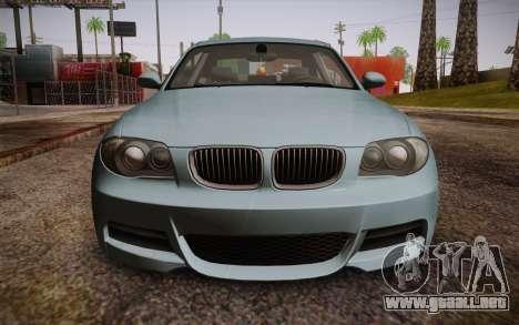 BMW 135i Limited Edition para la visión correcta GTA San Andreas