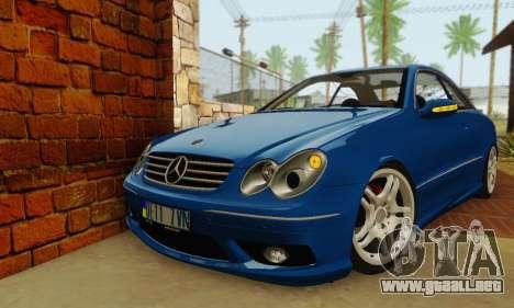 Mercedes-Benz CLK55 AMG 2003 para GTA San Andreas
