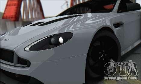 Aston Martin V12 Vantage S 2013 para la visión correcta GTA San Andreas