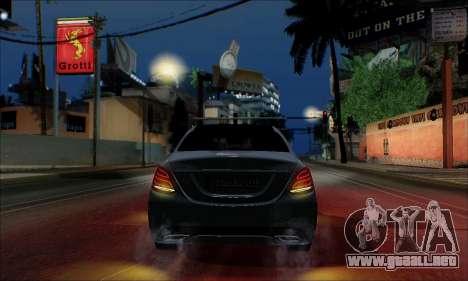 Mercedes-Benz C250 2014 V1.0 EU Plate para vista lateral GTA San Andreas