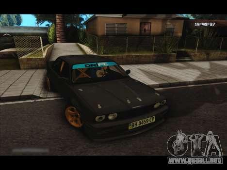 BMW e30 UDC para GTA San Andreas