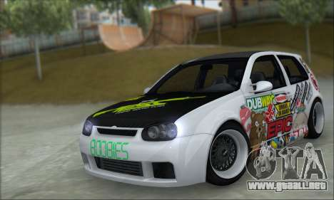 Volkswagen Golf MK4 R32 para GTA San Andreas left