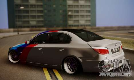 BMW M5 E60 Stance Works para GTA San Andreas left