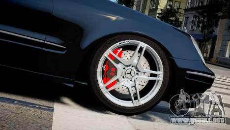 Mercedes-Benz E320 para GTA 4 visión correcta