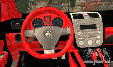 Volkswagen Golf 5 para GTA San Andreas vista posterior izquierda
