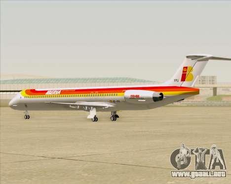 McDonnell Douglas MD-82 Iberia para vista lateral GTA San Andreas