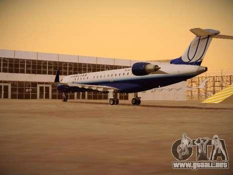 Bombardier CRJ-700 United Express para la visión correcta GTA San Andreas
