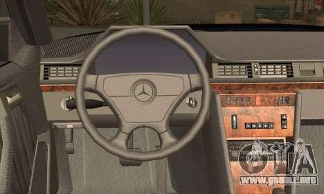 Mercedes-Benz E500 para GTA San Andreas vista posterior izquierda