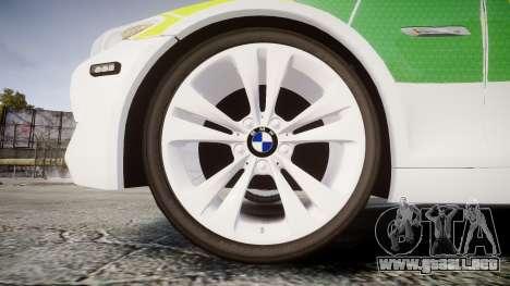 BMW 530d F11 Ambulance [ELS] para GTA 4 vista hacia atrás