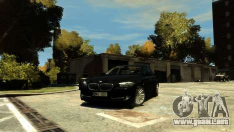 BMW 525 F10 para GTA 4 vista hacia atrás