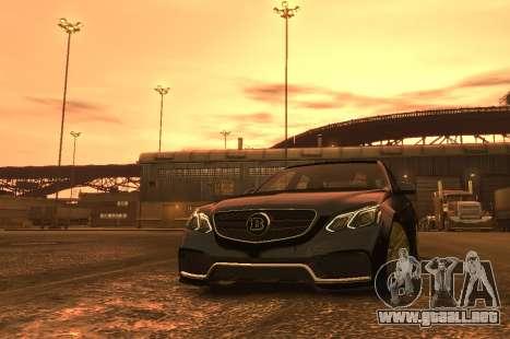 Mercedes-Benz E63 BRABUS 850 para GTA 4 vista lateral