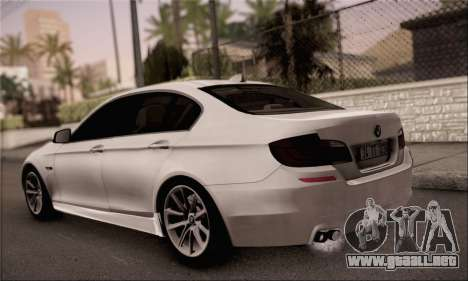 BMW 520d 2012 para GTA San Andreas left