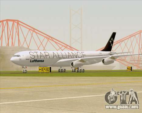 Airbus A340-300 Lufthansa (Star Alliance Livery) para GTA San Andreas left