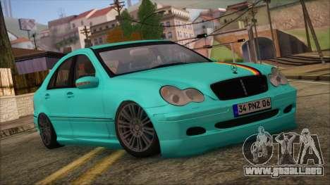 Mercedes-Benz C320 AMG para GTA San Andreas