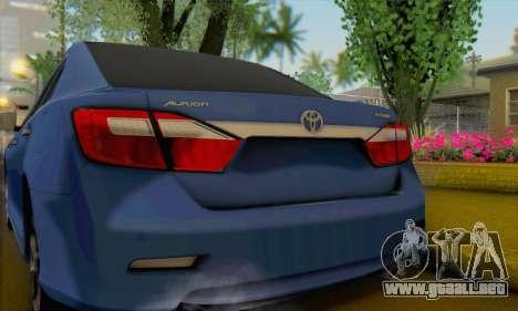 Toyota Aurion para GTA San Andreas vista posterior izquierda