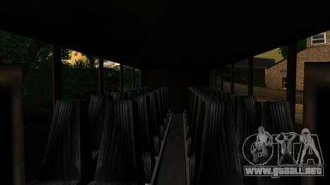 Entrenador en el interior 3D para GTA San Andreas vista posterior izquierda