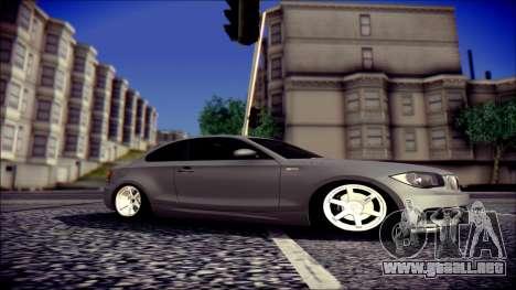 BMW 135i para GTA San Andreas left