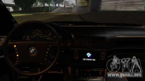 BMW M5 E39 Camouflage para GTA San Andreas vista posterior izquierda