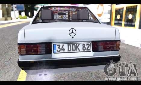 Mercedes Bad-Benz 190E (34 DDK 82) para GTA San Andreas vista hacia atrás