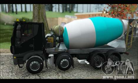 Iveco Trakker 2014 Concrete Snow (IVF & ADD) para GTA San Andreas left