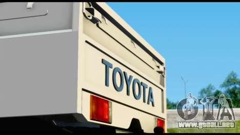 Toyota Land Cruiser Macho Pick-Up 2007 4.500 para visión interna GTA San Andreas