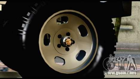 Toyota Land Cruiser Macho Pick-Up 2007 4.500 para la visión correcta GTA San Andreas