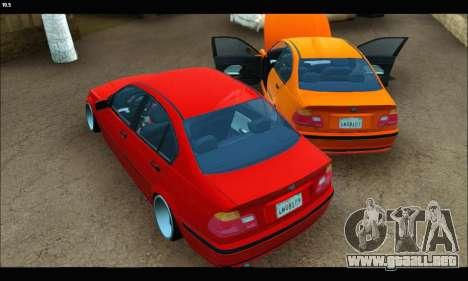 BMW e46 Sedan para GTA San Andreas vista hacia atrás