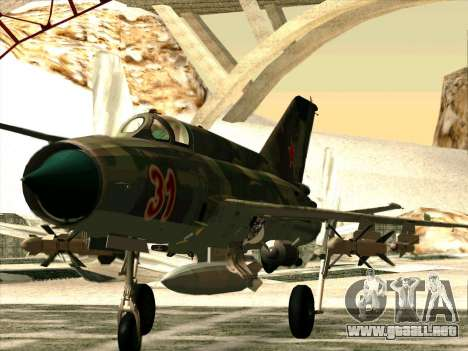 MiG 21 de la fuerza aérea Soviética para GTA San Andreas left