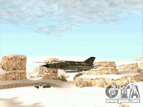 MiG 21 de la fuerza aérea Soviética para GTA San Andreas vista posterior izquierda