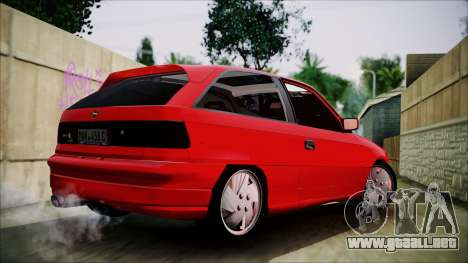 Opel Astra GSI BG para GTA San Andreas left