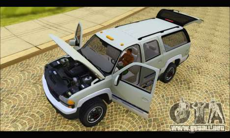 GMC Yukon XL 2003 v.2 para GTA San Andreas vista hacia atrás