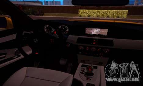 BMW M5 Gold para visión interna GTA San Andreas