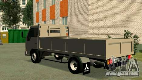 Mitsubishi Fuso Canter 1989 Flat Body para GTA San Andreas left