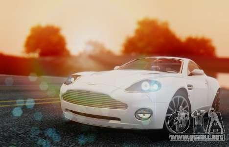 Aston Martin V12 Vanquish 2001 v1.01 para GTA San Andreas left