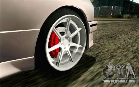 BMW M3 E30 2015 para GTA San Andreas vista posterior izquierda