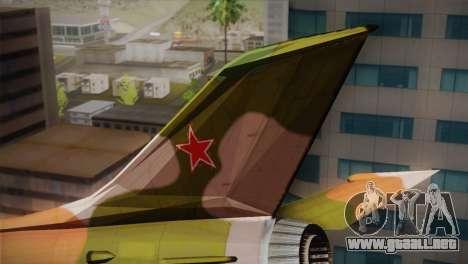 MIG 21 Russian Camo Force para GTA San Andreas vista posterior izquierda