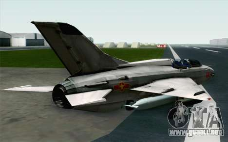 MIG-21UM Vietnam Air Force para GTA San Andreas left