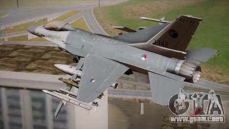 F-16 Fighting Falcon RNLAF Solo Display J-142 para GTA San Andreas left