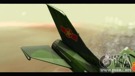 Mikoyan-Gurevich MIG-21UM Vietnam Air Force v2.0 para GTA San Andreas vista posterior izquierda