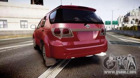 Toyota Hilux SW4 2015 para GTA 4 Vista posterior izquierda