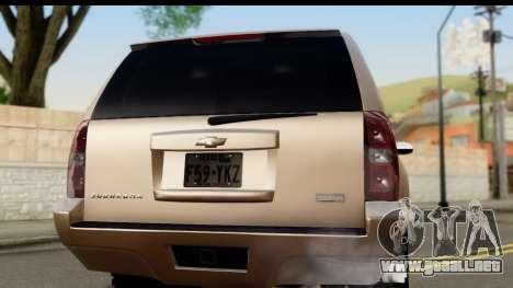 Chevrolet Suburban 4x4 para la visión correcta GTA San Andreas