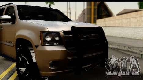 Chevrolet Suburban 4x4 para GTA San Andreas vista posterior izquierda