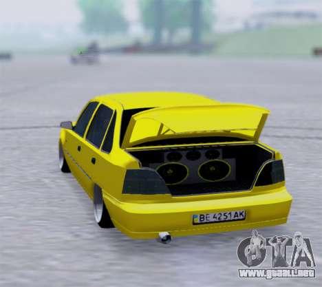 Daewoo Nexia 2006 para GTA San Andreas vista posterior izquierda