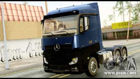 Mercedes-Benz Actros MP4 6x4 Exclucive Interior para GTA San Andreas