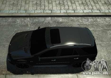 Mercedes-Benz ML63 AMG para GTA 4 Vista posterior izquierda