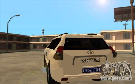 Toyota Land Cruiser de la OSCE (ОБСЕ) para GTA San Andreas vista posterior izquierda