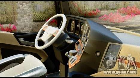 Mercedes-Benz Actros MP4 6x4 Exclucive Interior para la visión correcta GTA San Andreas