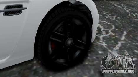 GTA 5 Benefactor Surano v2 para GTA San Andreas vista posterior izquierda