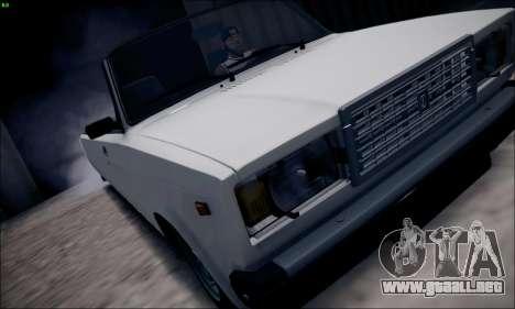 VAZ 2107 limusina para GTA San Andreas vista posterior izquierda