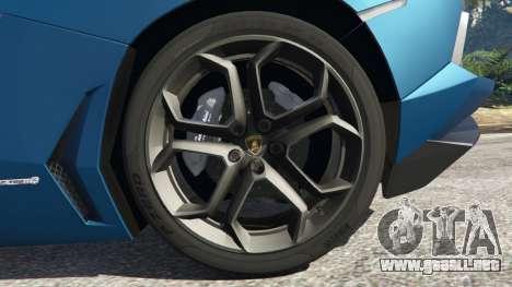 GTA 5 Lamborghini Aventador LP700-4 v2.1 vista lateral trasera derecha